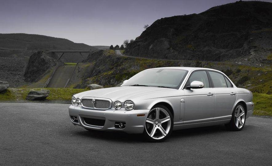 2009 Jaguar XKR Portfolio Edition - Slide 38