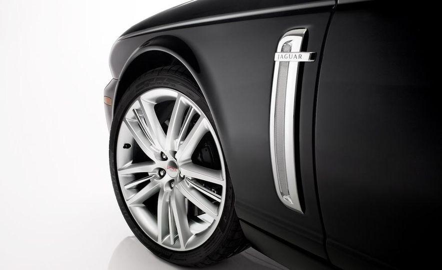 2009 Jaguar XKR Portfolio Edition - Slide 27