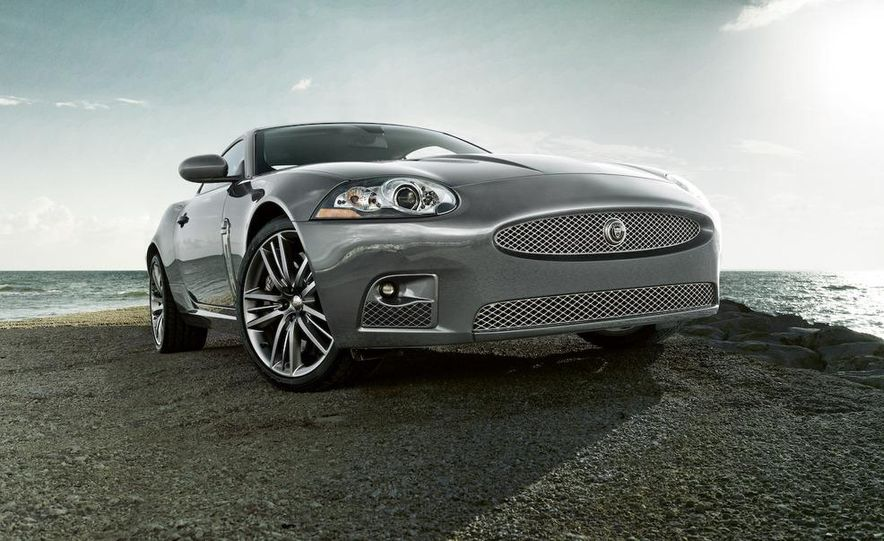 2009 Jaguar XKR Portfolio Edition - Slide 8