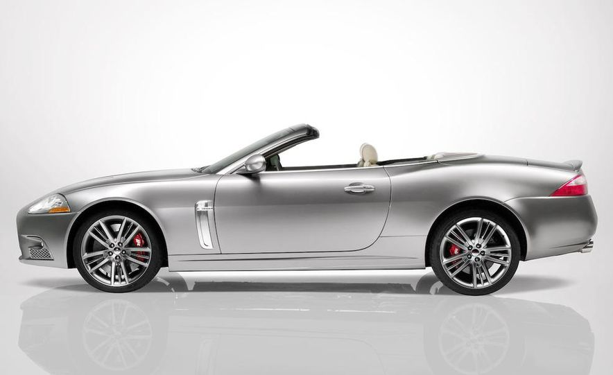 2009 Jaguar XKR Portfolio Edition - Slide 13