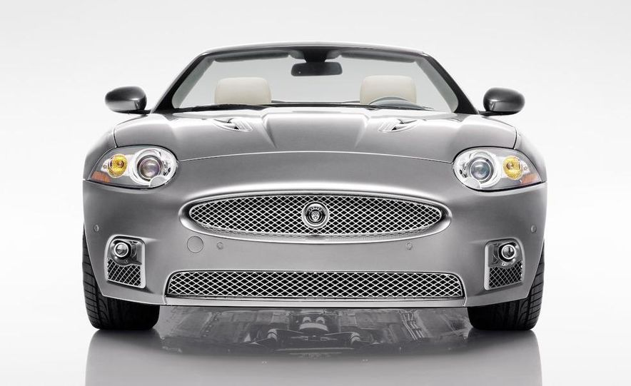 2009 Jaguar XKR Portfolio Edition - Slide 14