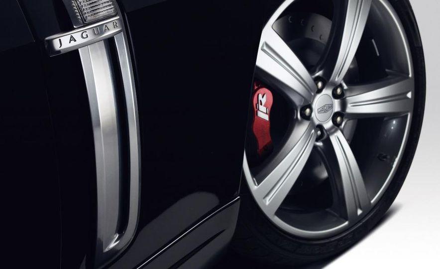 2009 Jaguar XKR Portfolio Edition - Slide 6