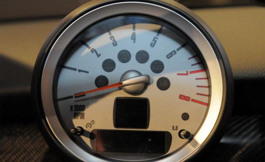 2009 Mini Cooper S John Cooper Works - Slide 16