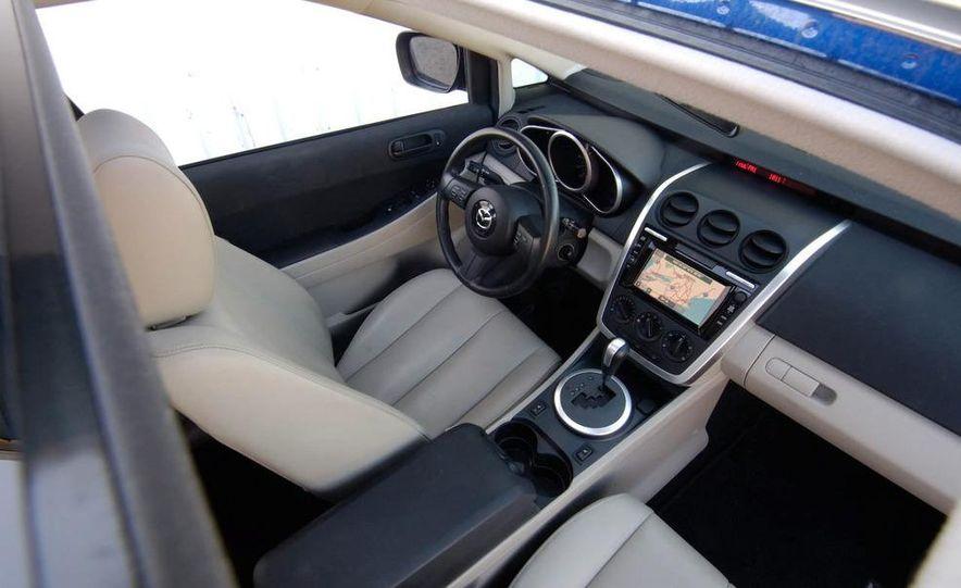 2007 Mazda CX-7 Touring AWD - Slide 12