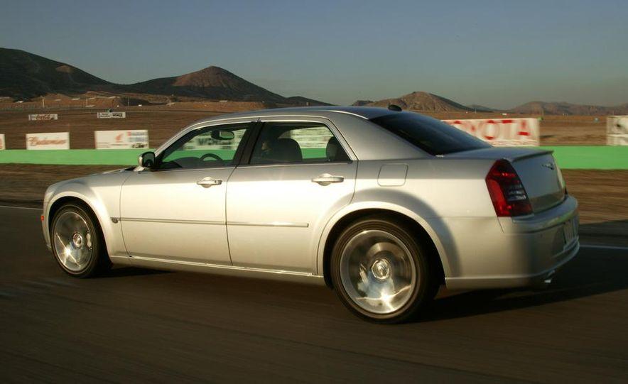 2008 Chrysler 300C SRT8 - Slide 5