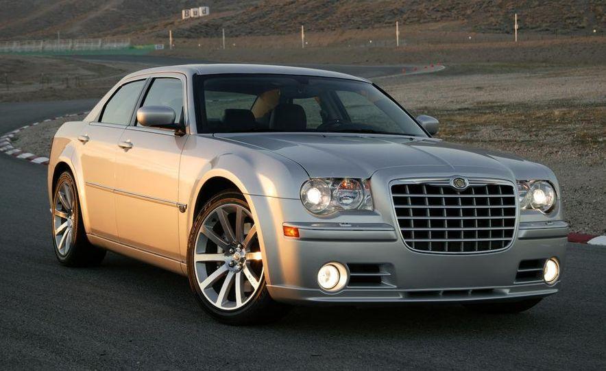 2008 Chrysler 300C SRT8 - Slide 6