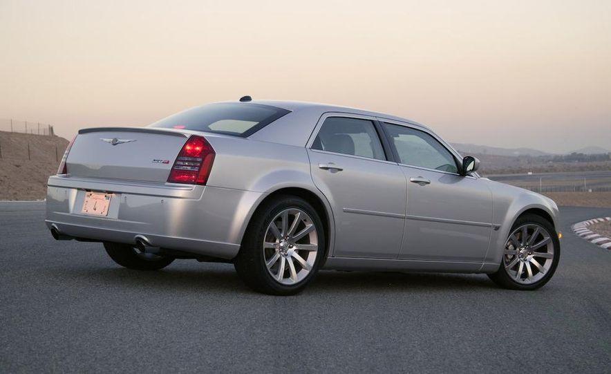 2008 Chrysler 300C SRT8 - Slide 8