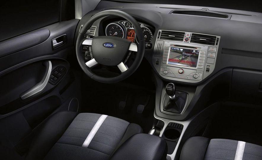 2009 Ford Kuga - Slide 8