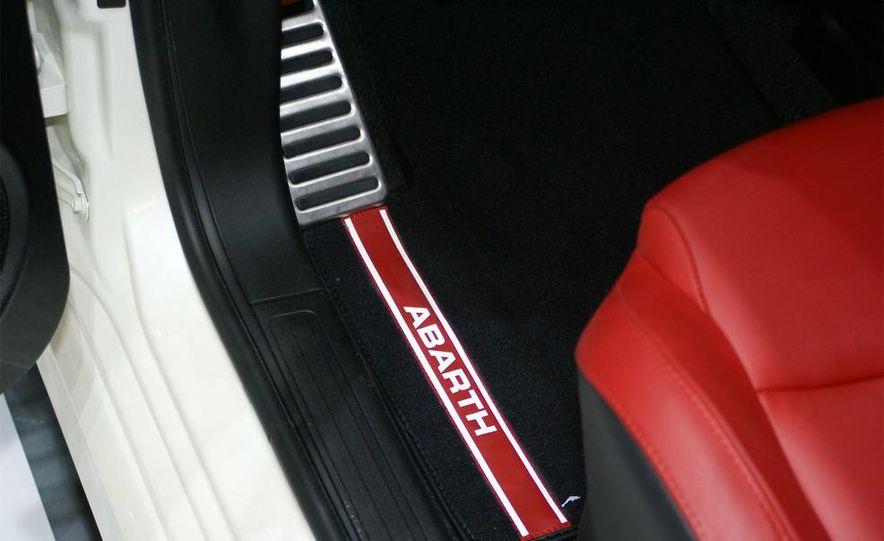 2009 Fiat 500 Abarth - Slide 27