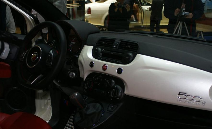 2009 Fiat 500 Abarth - Slide 23
