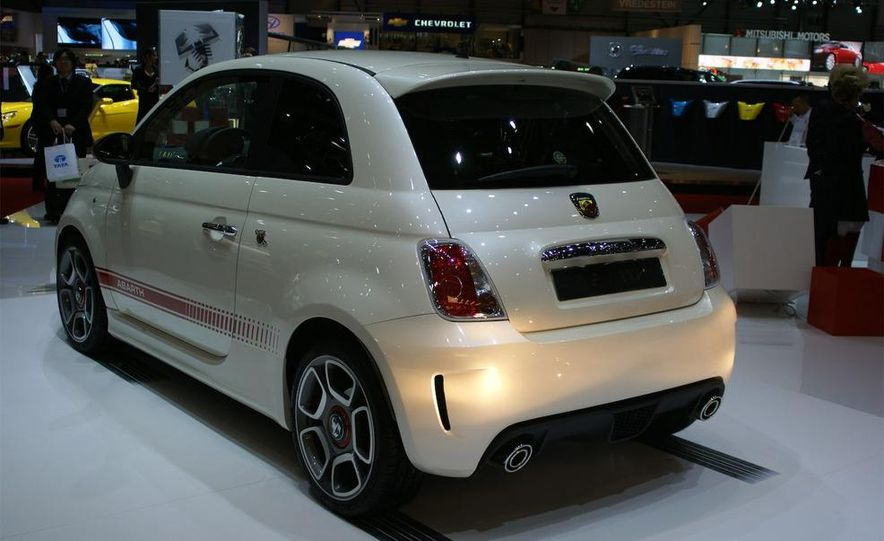 2009 Fiat 500 Abarth - Slide 4