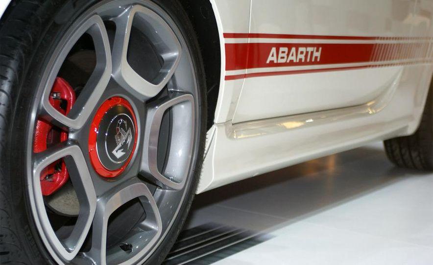 2009 Fiat 500 Abarth - Slide 7
