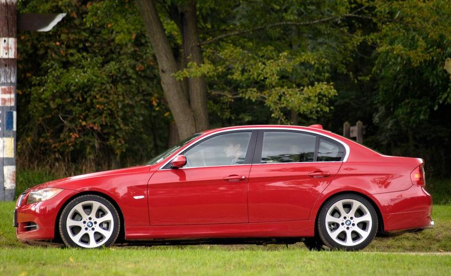 2008 BMW 3-series coupe - Slide 6
