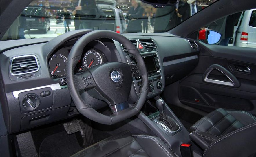 2009 Volkswagen Scirocco - Slide 9