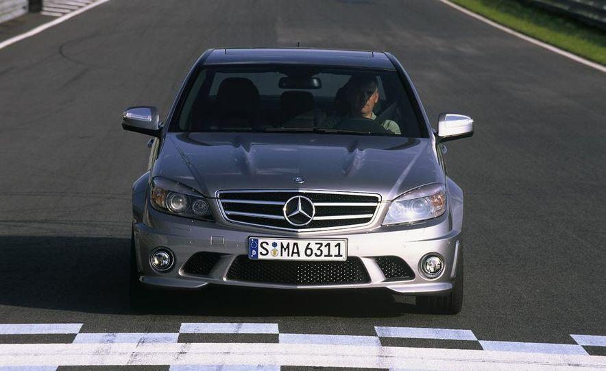2008 Mercedes-Benz C63 AMG - Slide 4