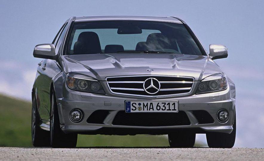 2008 Mercedes-Benz C63 AMG - Slide 11