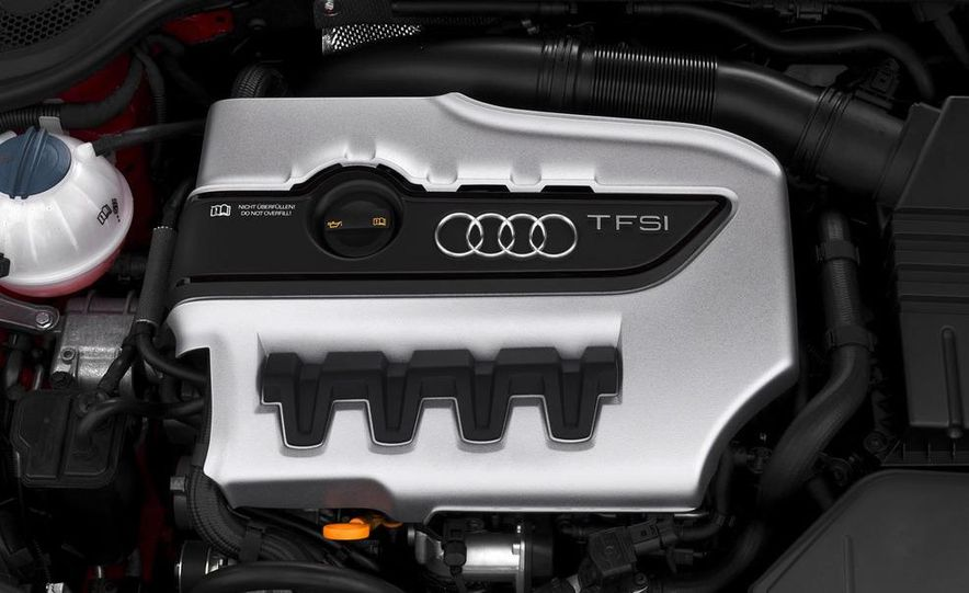 2009 Audi TT 2.0 TDI Quattro - Slide 11
