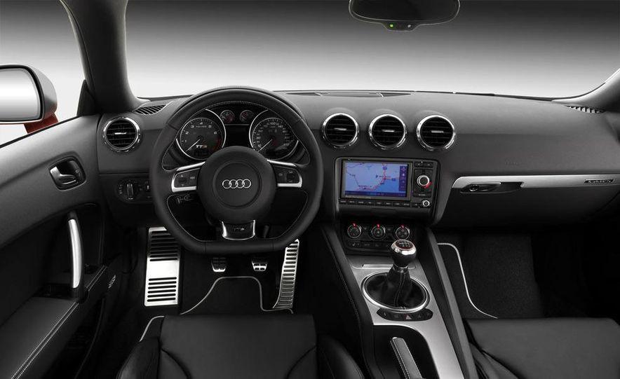 2009 Audi TT 2.0 TDI Quattro - Slide 12