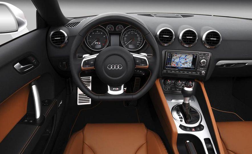 2009 Audi TT 2.0 TDI Quattro - Slide 14