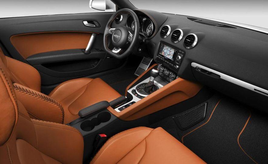 2009 Audi TT 2.0 TDI Quattro - Slide 15