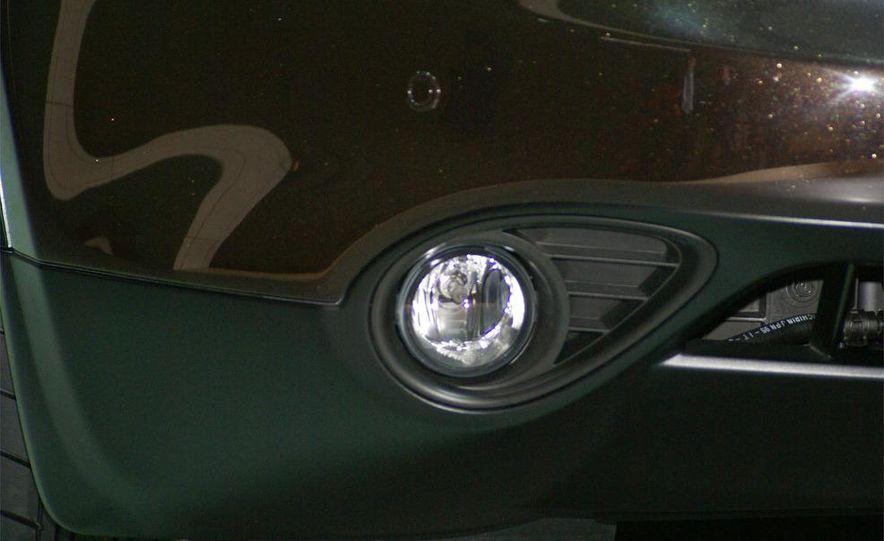 2009 Infiniti FX50 - Slide 42