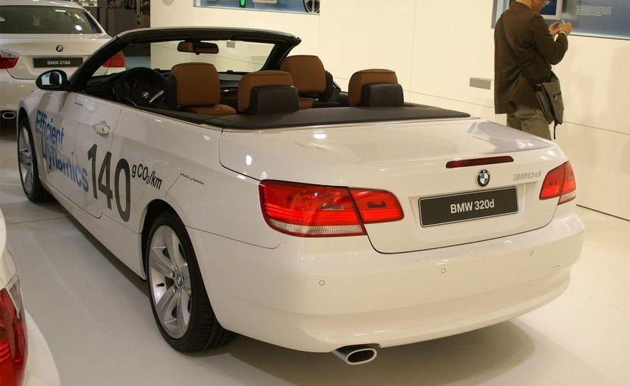 2009 BMW 320d convertible - Slide 2