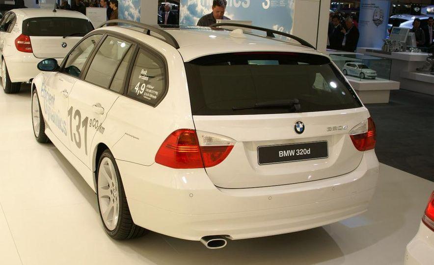 2009 BMW 320d convertible - Slide 4