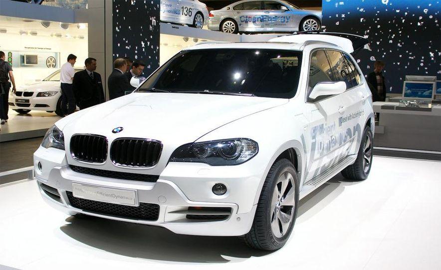 BMW X5 Vision Diesel hybrid concept - Slide 1