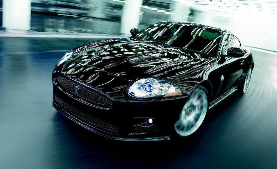 2009 Jaguar XKR-S - Slide 19
