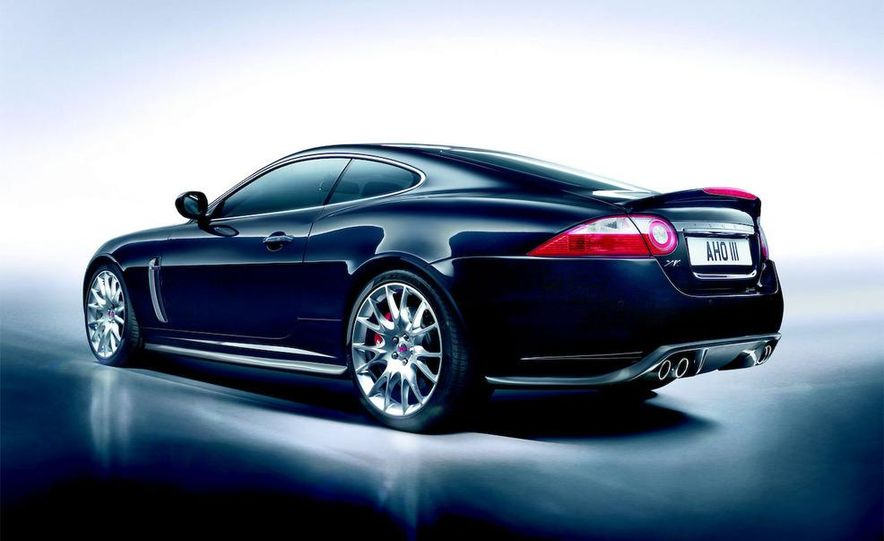 2009 Jaguar XKR-S - Slide 25