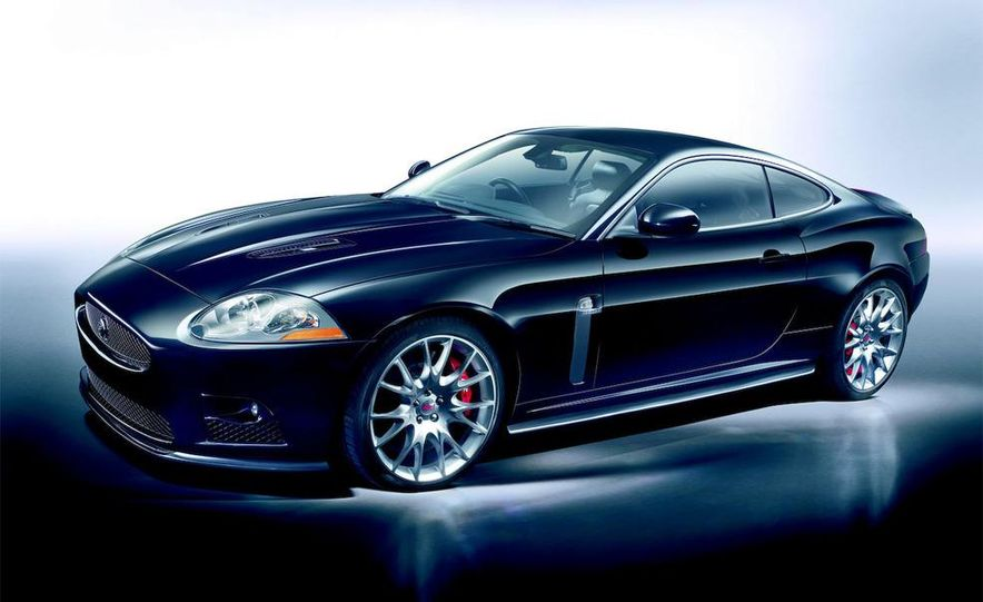 2009 Jaguar XKR-S - Slide 26