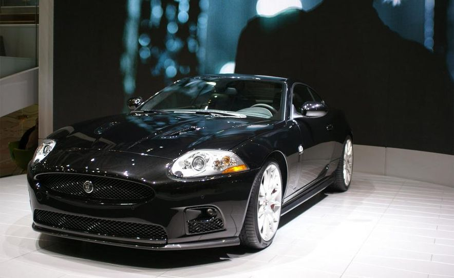 2009 Jaguar XKR-S - Slide 2