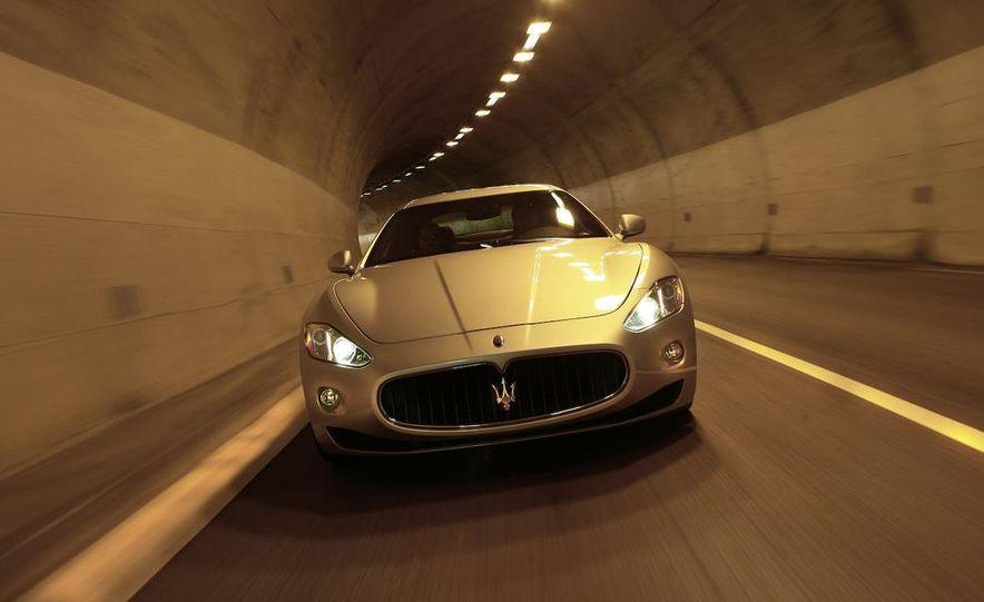 2009 Maserati GranTurismo S 4.7 - Slide 22