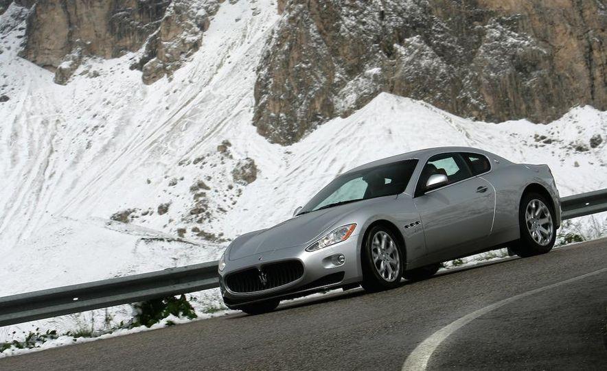 2009 Maserati GranTurismo S 4.7 - Slide 21