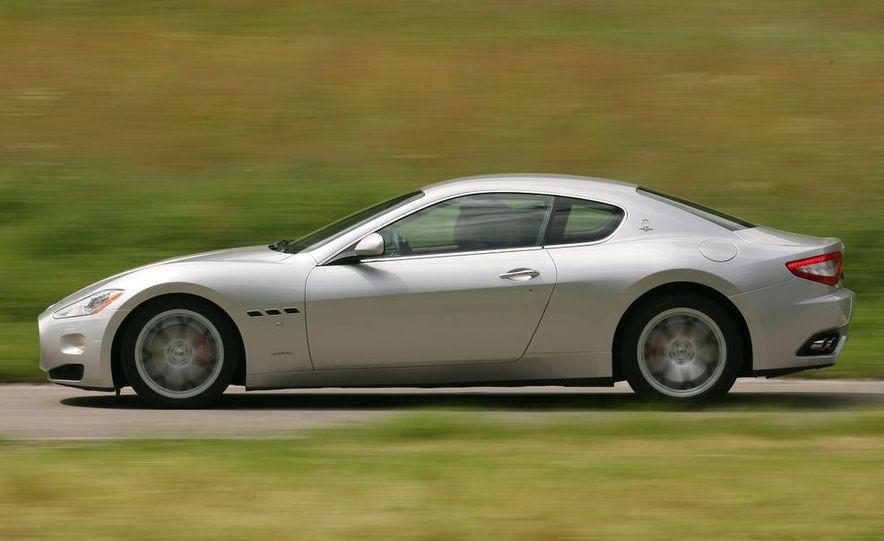 2009 Maserati GranTurismo S 4.7 - Slide 13