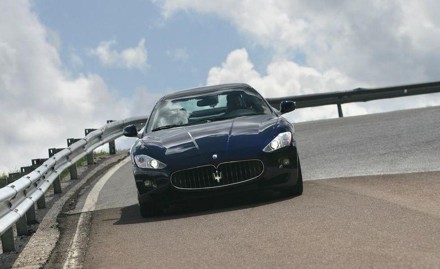 2009 Maserati GranTurismo S 4.7 - Slide 11