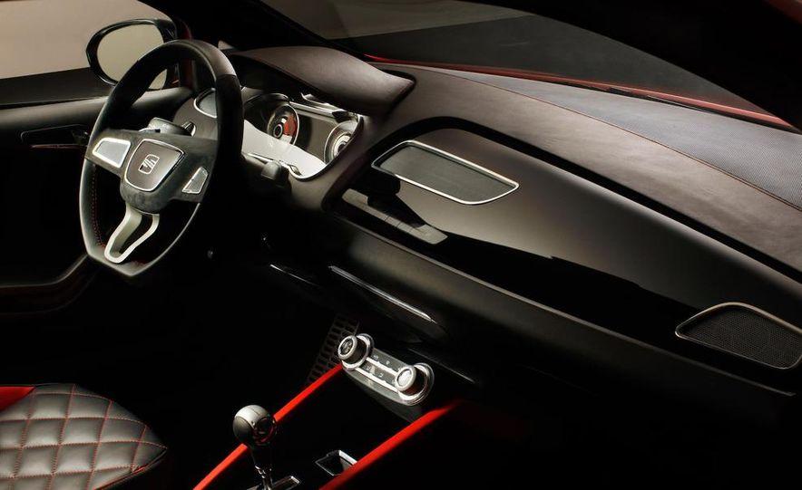 Seat Bocanegra concept interior - Slide 1