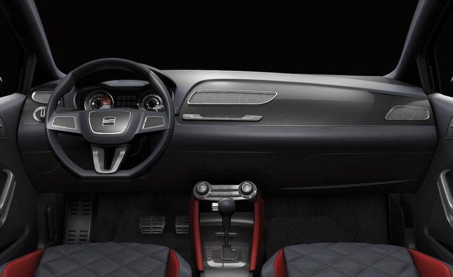 Seat Bocanegra concept interior - Slide 3