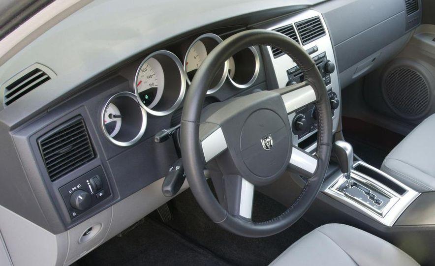 2008 Dodge Charger - Slide 10