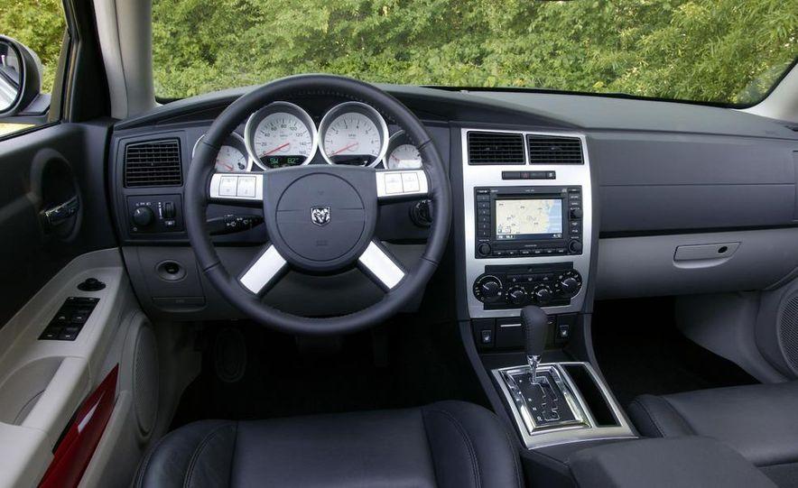 2008 Dodge Charger - Slide 5