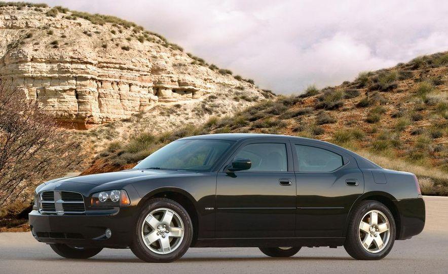 2008 Dodge Charger - Slide 11