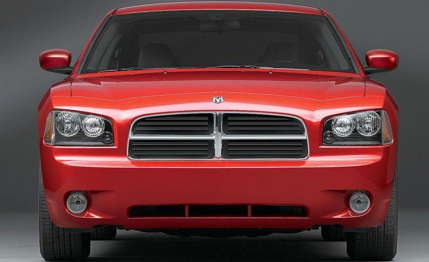 2008 Dodge Charger - Slide 1