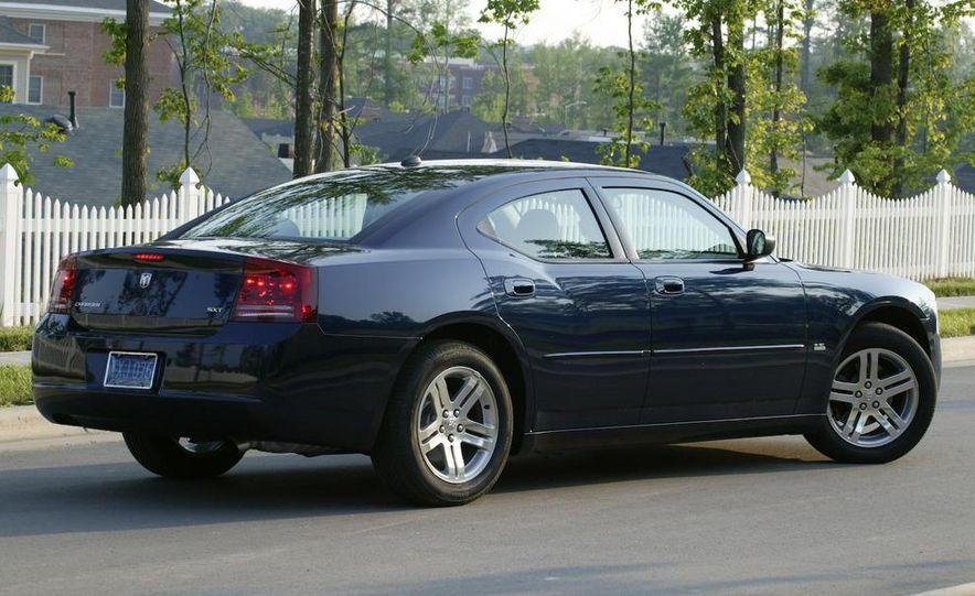2008 Dodge Charger - Slide 2