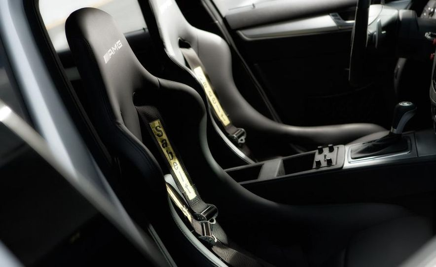 Mercedes-Benz C63 AMG Wagon Medical Car interior - Slide 1