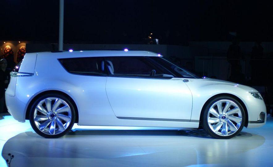 Saab 9-X BioHybrid concept - Slide 1