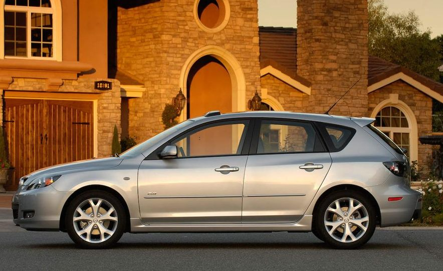 2008 Mazda 3 interior - Slide 8