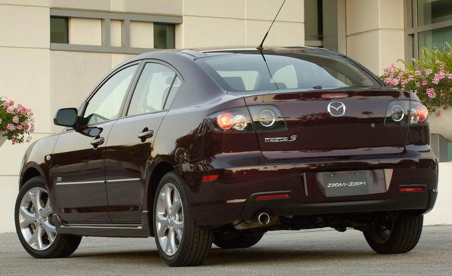 2008 Mazda 3 interior - Slide 2