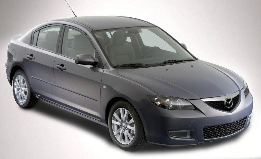 2008 Mazda 3 interior - Slide 11