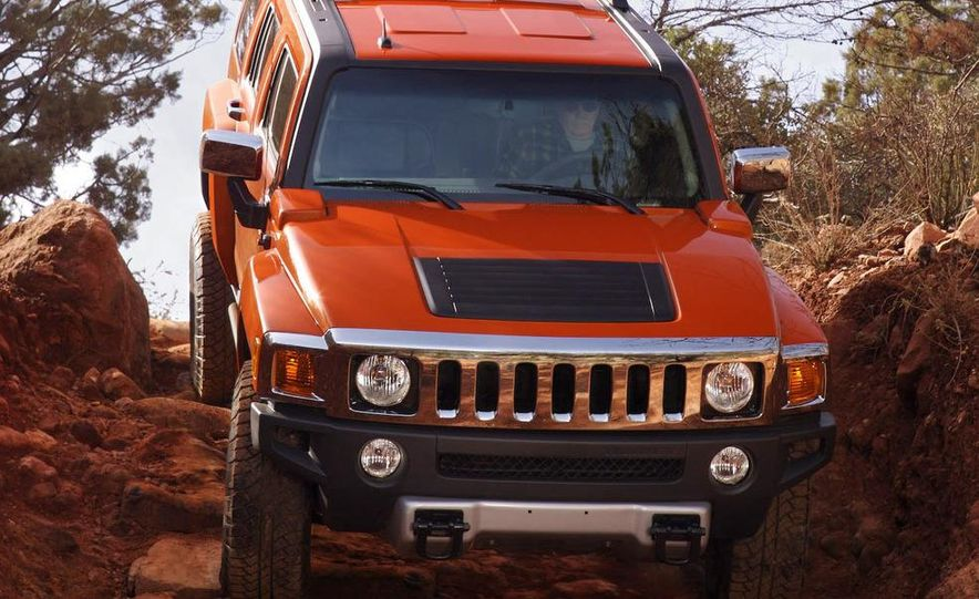 2008 Hummer H3 Alpha and Jeep Wrangler Unlimited Rubicon - Slide 19