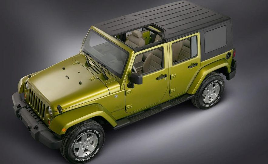 2008 Hummer H3 Alpha and Jeep Wrangler Unlimited Rubicon - Slide 15